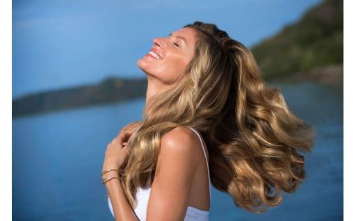 Το μυστικό για να σώσετε τα αφυδατωμένα μαλλιά σας!